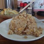 中華料理 新三陽 - セットの半チャーハン200円 相変わらず常習性ある美味しさです