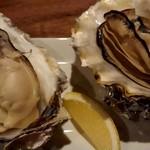 オイスターバー ゆいっとる - 焼き牡蠣