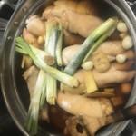 本格韓国料理 情 - 豚足仕込み