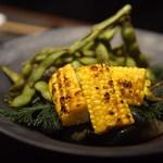 90614401 - 京都伏見産枝豆と鹿児島のゴールドラッシュ(トウモロコシ)