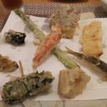 天麩羅 杉 - 天ぷら一式  蘭  天ぷら盛り合わせ 1皿目