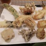天麩羅 杉 - 天ぷら一式  蘭  天ぷら盛り合わせ 3皿目