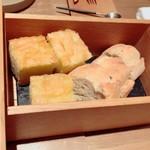 フランス料理 サンク - 木箱に入ったホカホカホカッチャ