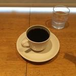 90617740 - 単品のホットコーヒー(\300)