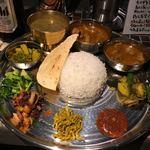 ヤタラ スパイス - 料理写真:ネパール定食(2種)ヽ(・∀.・)¥1400円・:*+.:+