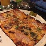 IG - 夢に見た本牧ピザ