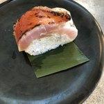 回転寿司 魚どんや - 金目鯛炙り棒すし 一貫 330円