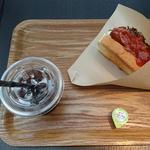 デイズ・サンドウィッチ・カフェ - スモークソーセージ&マッシュポテトサンド