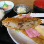 山本魚吉商店 - アジフライ定食