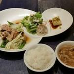 中国料理 桂亭 - 日替りランチプレート950円。