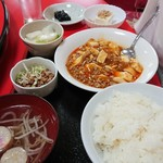 中華料理 なるたん - 日替わり定食