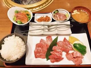 味蔵天国 - 飛騨牛盛り定食