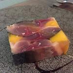 Abats. - 鯖とマンゴーの冷製 こんなに美味しい組み合わせがあるなんて感激です ワインがすぐになくなります(笑)