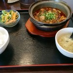 中華食房 天天 - ランチ 四川麻婆豆腐 880円+税