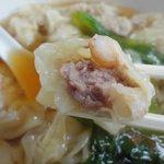 慶華飯店 - タップリお肉と海老さんが