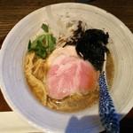 メンドコロ キナリ - Ramen煮干し烏賊