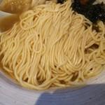 メンドコロ キナリ - 煮干し烏賊の麺