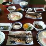 五平治 - 料理写真:朝食