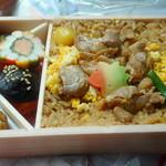 90679714 - 鶏炊き込みご飯