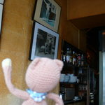 Yonchome Cafe - ギャラリー風の壁