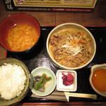 薩摩ごかもん - 【ランチ】 牛すき御膳 \780