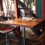 離島キッチン - お店の様子