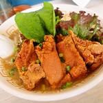 メンヤ フリースタイル - こってり太麺しょうゆヌードル