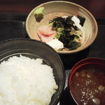 Tomatsu - ねぎとろ、白飯、赤だし