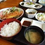 花風 - エビフライ定食
