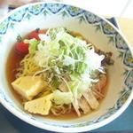 八幡平ハイツレストラン 水芭蕉 - サラダ冷やし中華800円