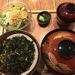 90692189 - ミニ親子丼と稲庭うどんのセット  1,000円