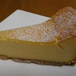 ボナール洋菓子店 - ベイクドチーズ