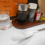 キッチン南海 - 卓上