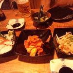 食堂ひな - タコ刺し&キムチ&ミミガー