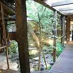 博多 弁天堂 - 中庭は以前通りで癒されます