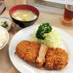 井泉 - ヒレかつ定食(1850円)