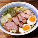 麺屋 悠 - 料理写真:チャーシューワンタンメン+味付玉子 1150+100円 調和の取れた一杯です。