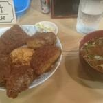 90702615 - 味噌カツ丼(豆腐味噌汁つき)