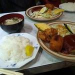 絵美里 - 料理写真:からころ定食・手づくりの味