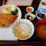 90706401 - 日替わりのアジフライ定食(ライス半分)