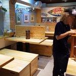 麺ファクトリー ジョーズ - 店内の様子