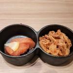 博多牛臓 - 明太子と韓国酢モツ。