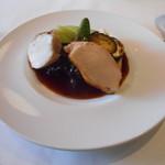 ビストロ ル ブルジョン - 料理写真:大山鶏もも肉の赤ワイン煮込みと胸肉のソテー