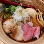 焼きあご塩らー麺 たかはし 上野店 -