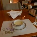 Raunjikinkei - 冷製コーンスープ