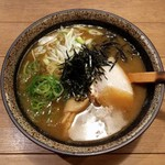 鶏玄 - 濃厚魚介らぁめん(850円)