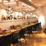MARFA CAFE - 可愛らしい店内