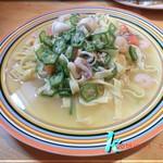 ましゅ ましゅ - 季節野菜とシーフードの塩味パスタ