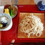 一福や - 料理写真:手打ちそば普通盛りは750円でした