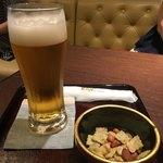 桜桃 - ビール(ナッツ付)